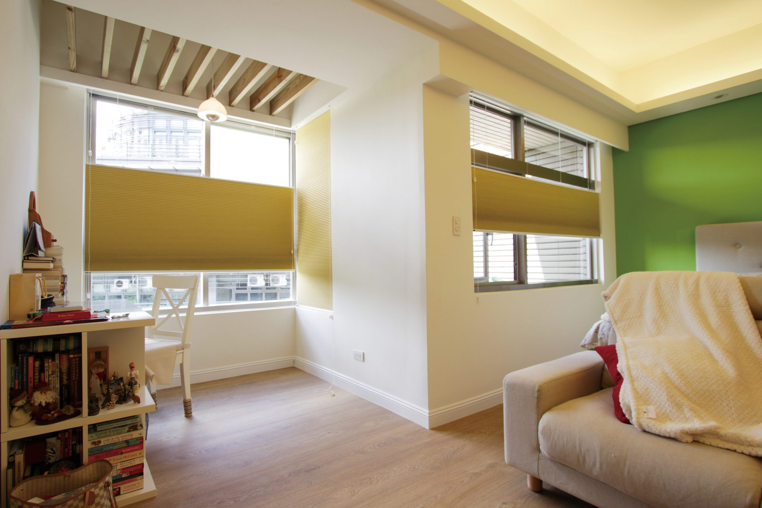 Yellow Thermacell honeycomb blinds